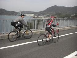 大島大橋を快調に渡る!景色が最高