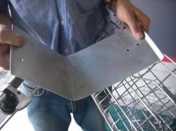 シティーサイクル改良作戦、先ずはアルミ板を切って強化材料
