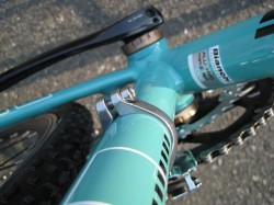 Bianchi CICLOCROSS AXIS ボトムブラケット